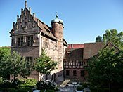 Pilger, Poeten und Preziosen – von Reisenden im Schlossidyll