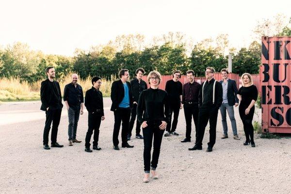 Every Eight Weeks: Rebecca Trescher Ensemble 11 - © Cris Civitillo