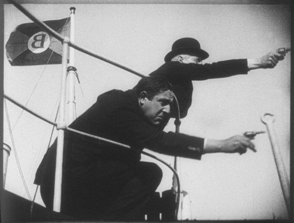 Die Blitzzentrale - © Bundesarchiv-Filmarchiv