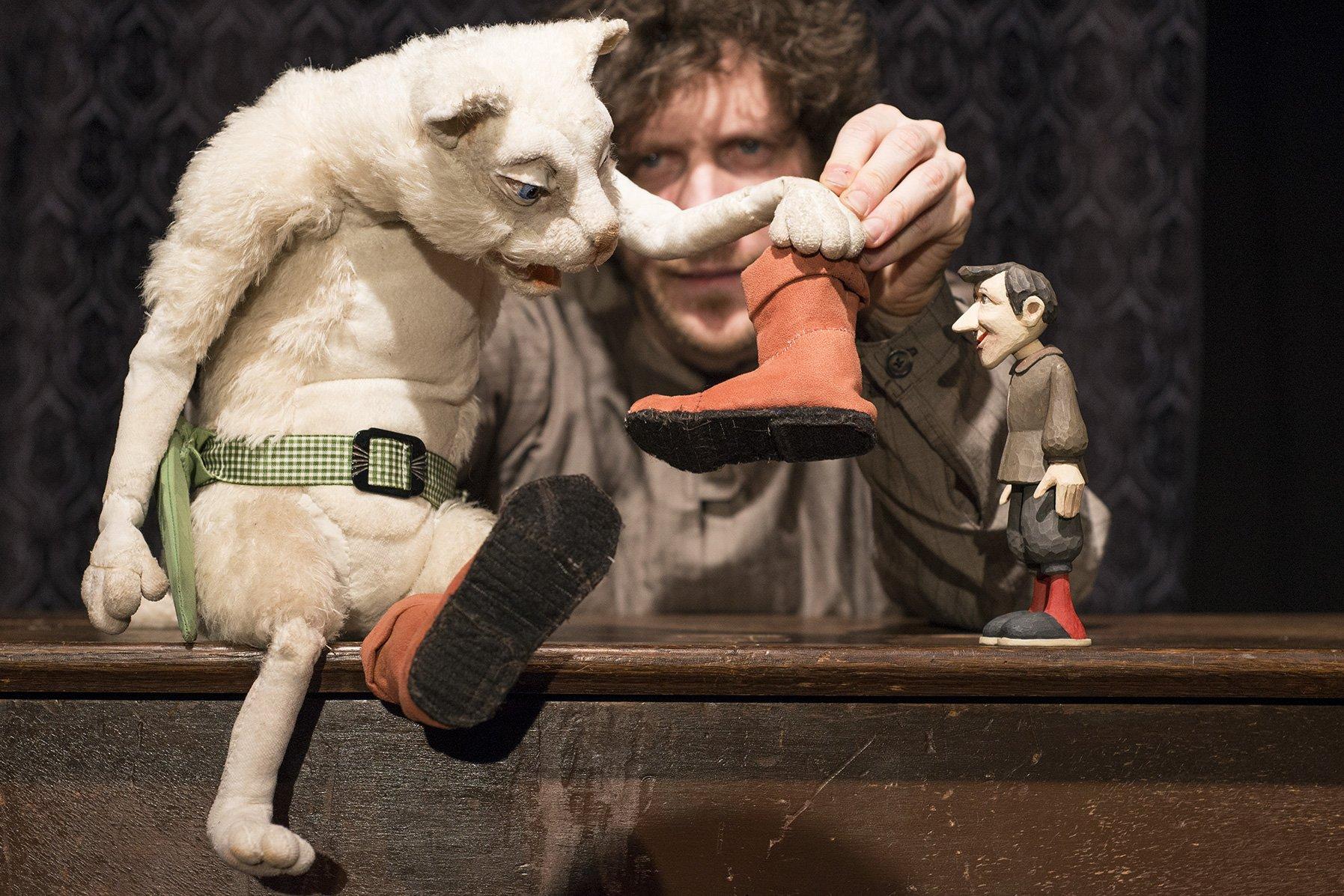 Nürnberger Kindertheaterwoche: Eröffnung Kindertheatherwoche: Die gestiefelte Katze - © Klaus Zinnecker